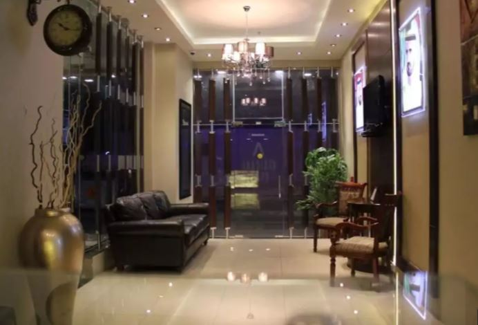 Africana Hotel Interior5