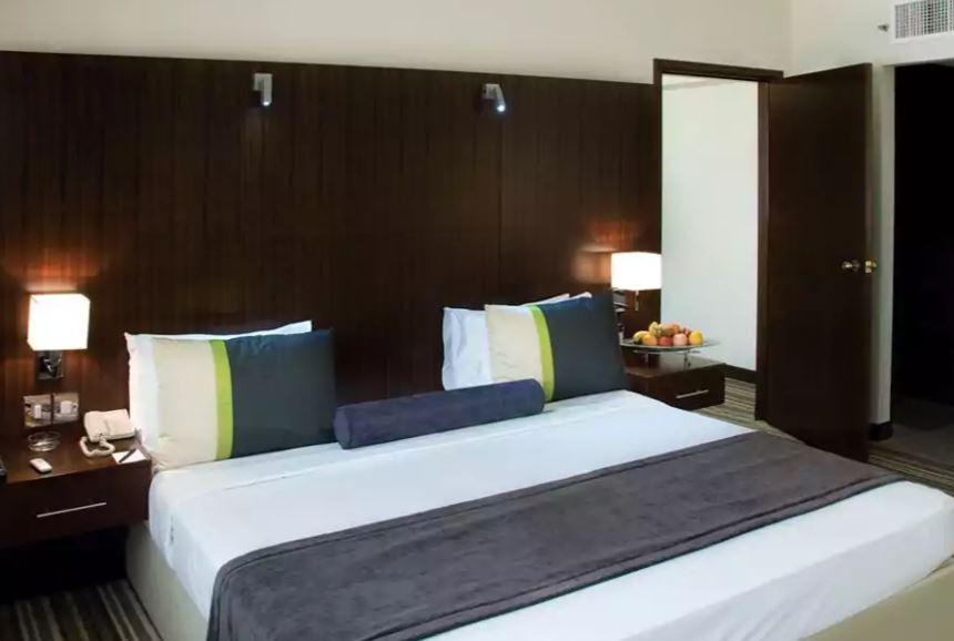 Avari Dubai Hotel Interior1