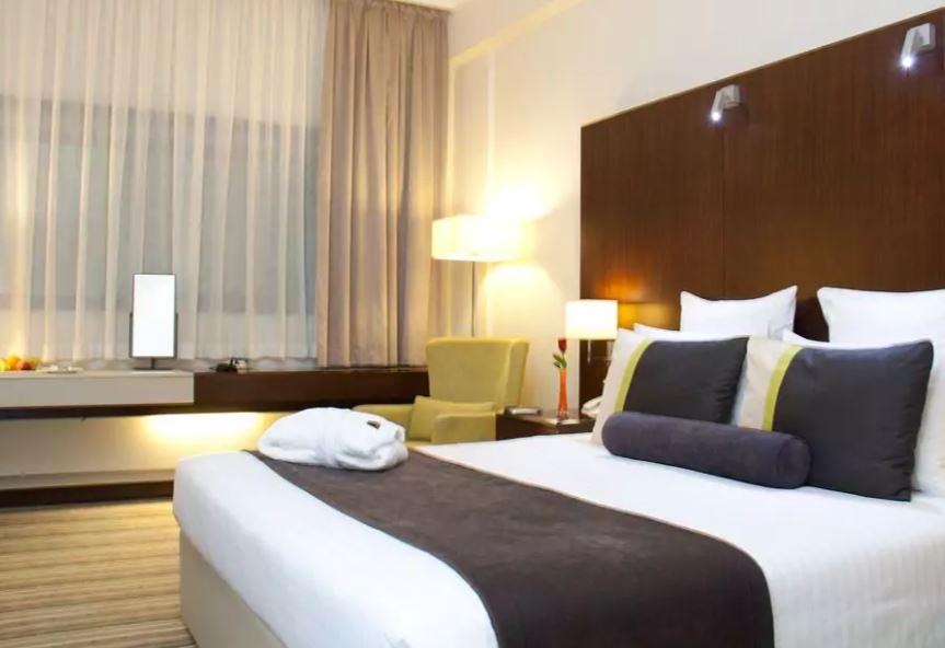 Avari Dubai Hotel Interior3