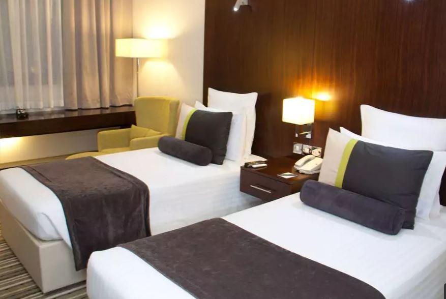 Avari Dubai Hotel Interior4