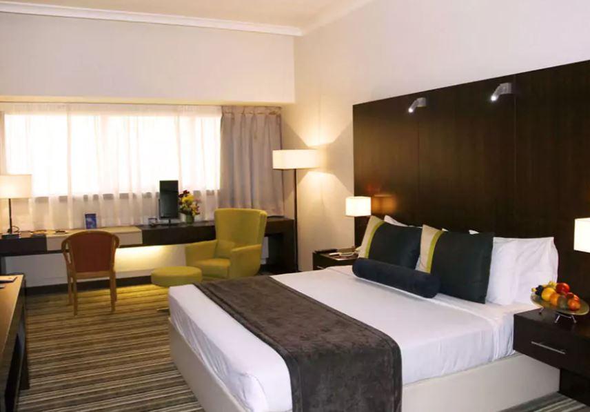 Avari Dubai Hotel Interior5