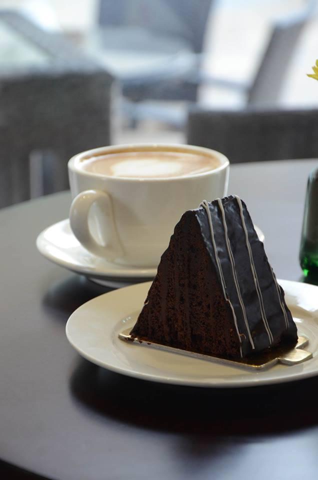 Kana Cafe Food2