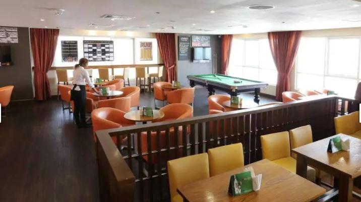 Premier Inn Dubai Silicon Oasis Interior10